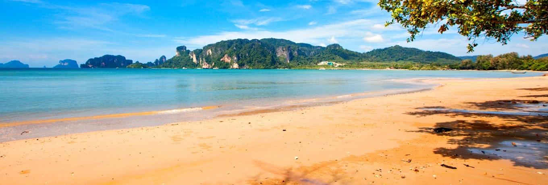aoam-mao-beach